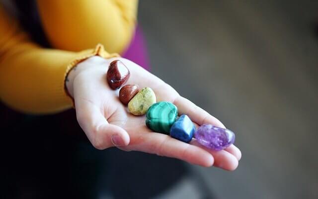 камни магия камней
